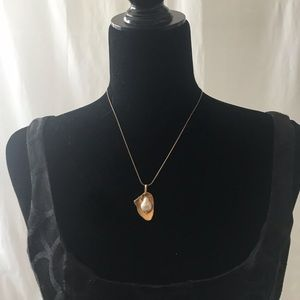 """Modern Free form """"Pearl"""" on Gold Leaf Necklace"""